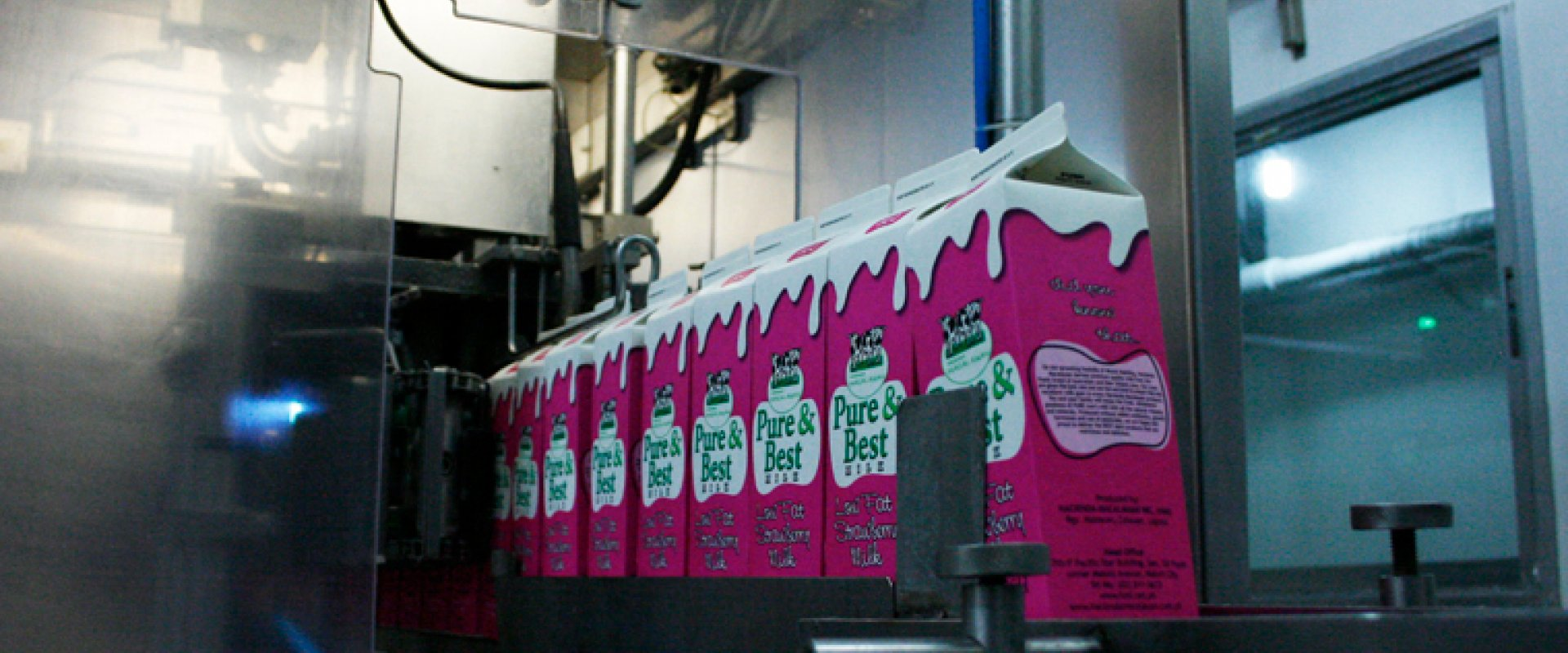 Form, fill and seal (FFS) ultra clean ESL gable - top carton packaging system